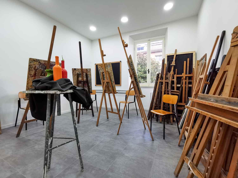 liceo-artistico-paritario-san-giuseppe-laboratorio-pittura